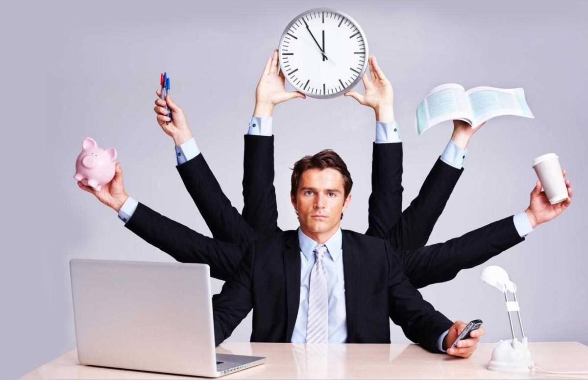 Desemprego cria 'funcionários-polvo' e aumenta pressão nos trabalhadores