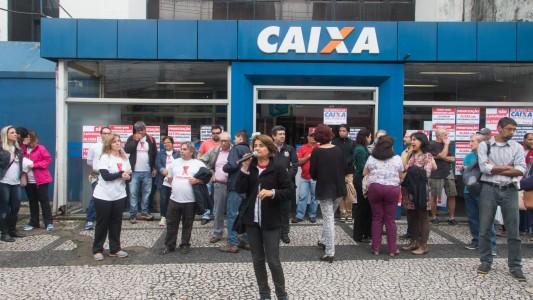 Sindicato ganha ação sobre jornada de 6h para empregados da Caixa