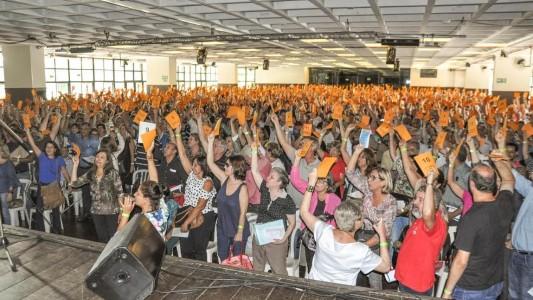 Banespianos protestam na Torre do Santander nesta quarta, 8