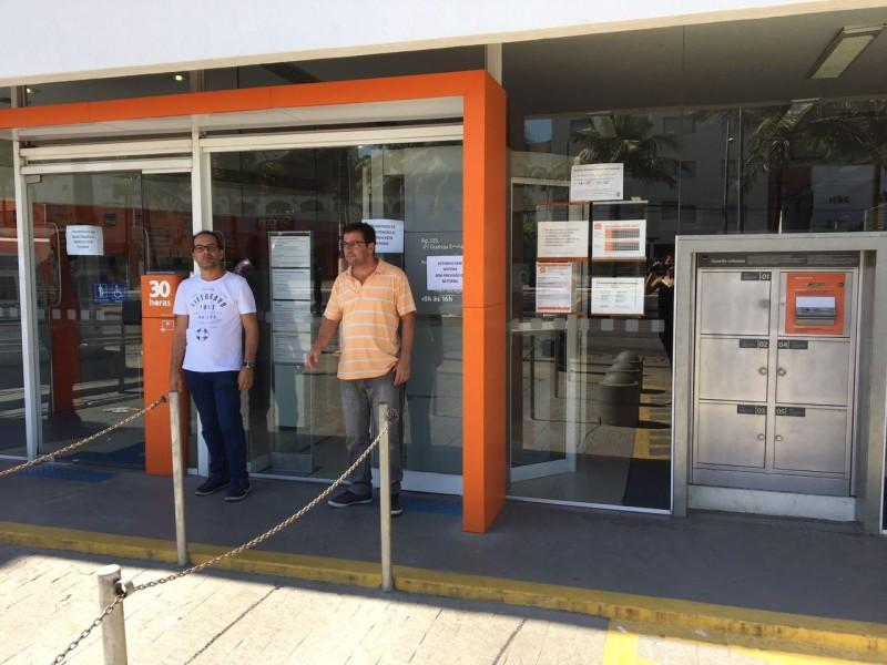 Itaú de Guarujá é fechado por falta de condições de trabalho