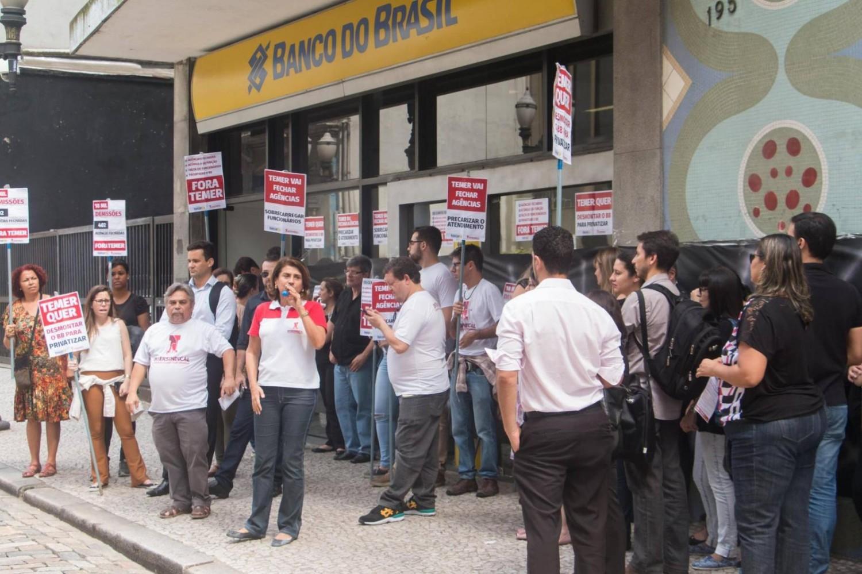 Bancários em VCP trabalharão seis horas no BB