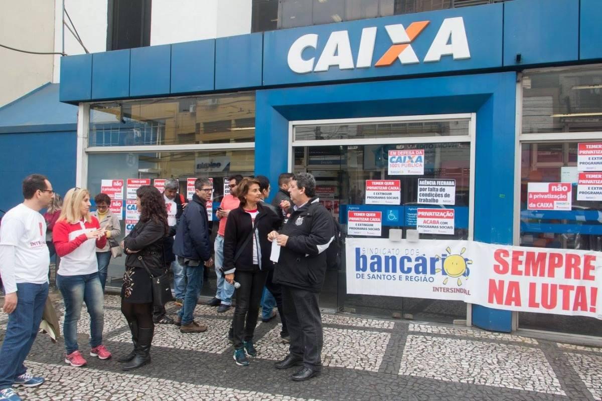 Movimento sindical barra aumento no Saúde Caixa
