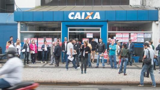 Movimento Sindical solicita ao MPT mediação sobre o PDVE da Caixa
