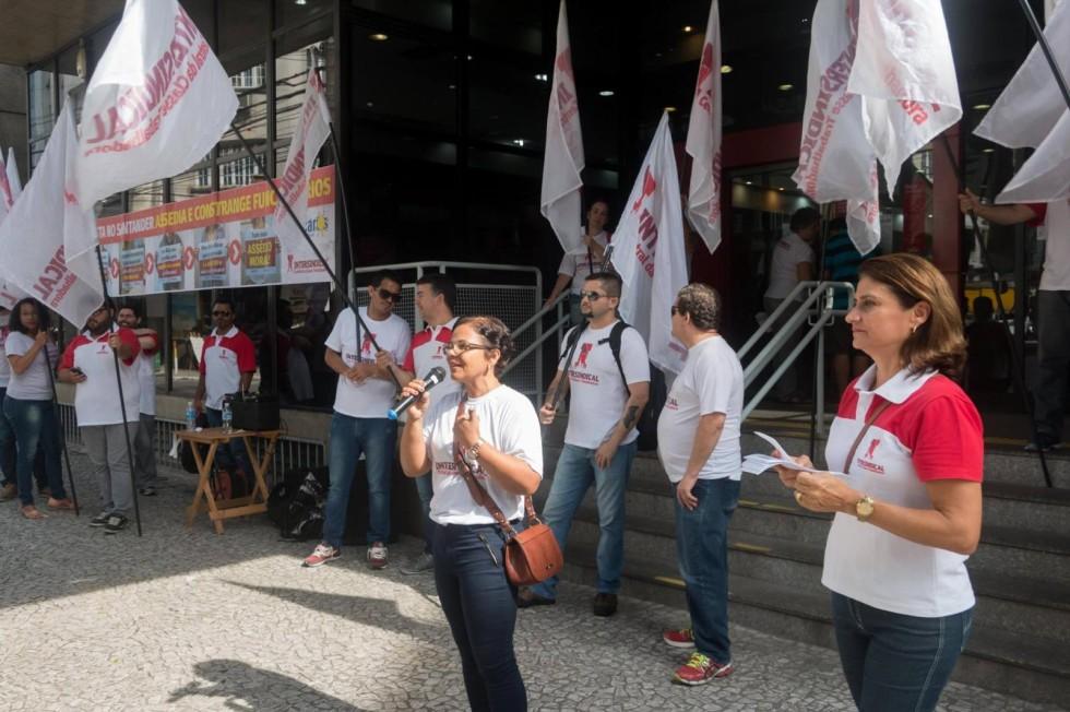 [Presidente do Santander frustra Bancários no pagamento da PLR ]