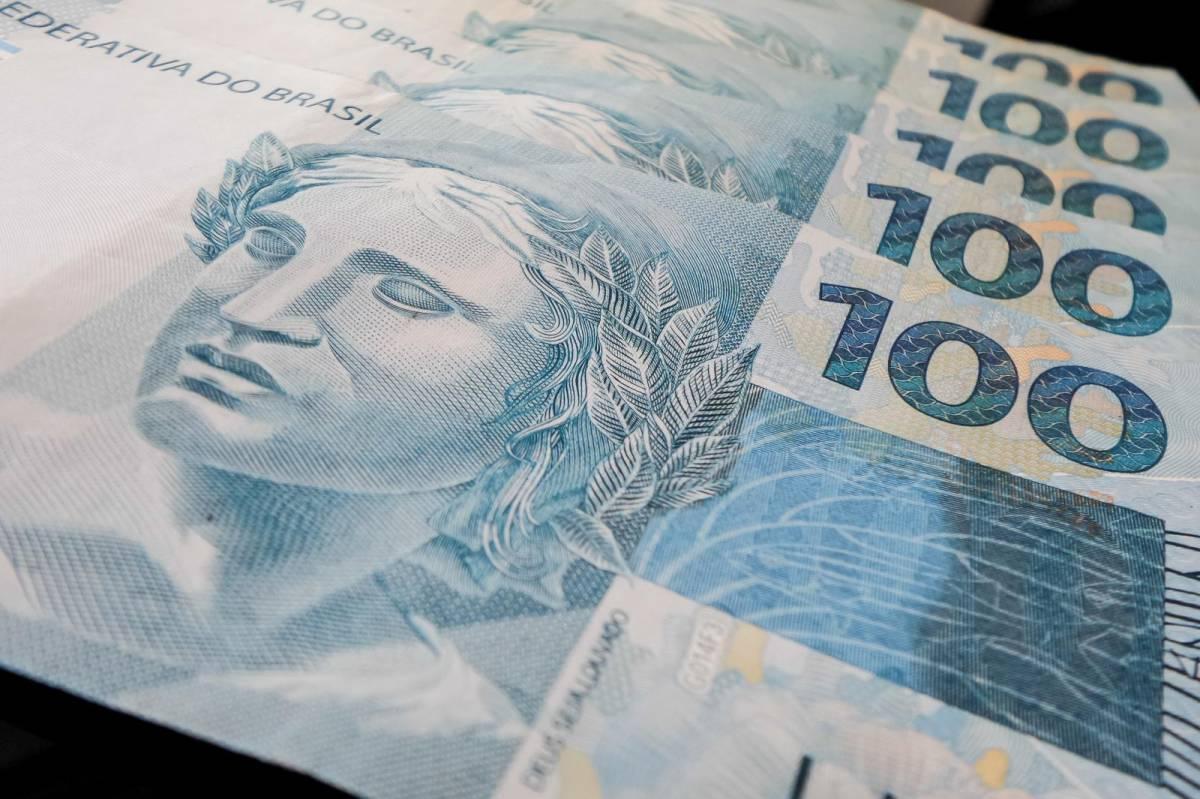 BB indenizará bancário que teve desconto salarial direto na conta corrente