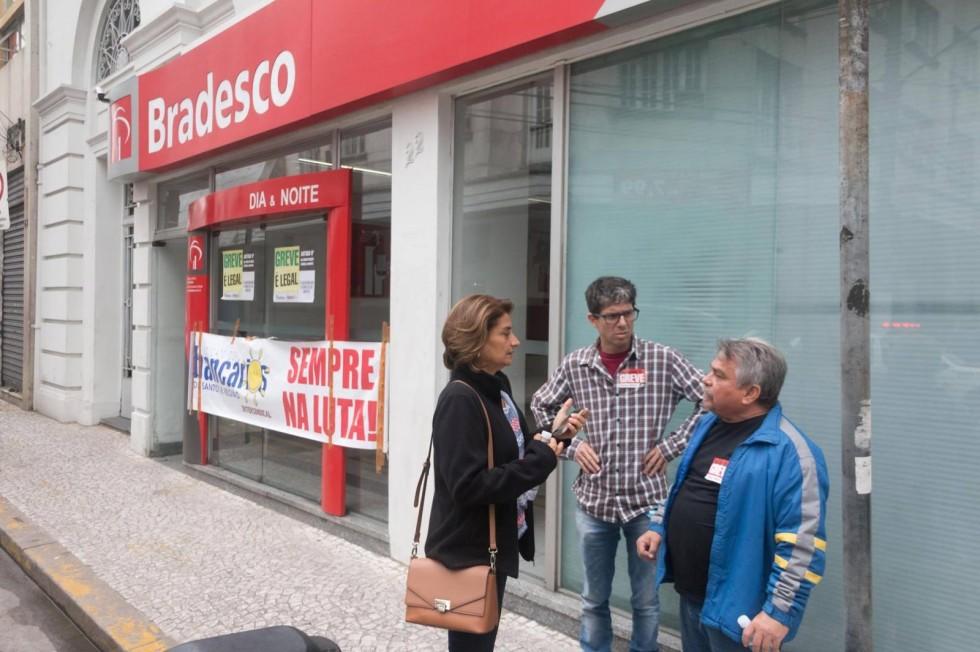 [Justiça condena Bradesco em R$ 800 milhões por dispensa discriminatória]