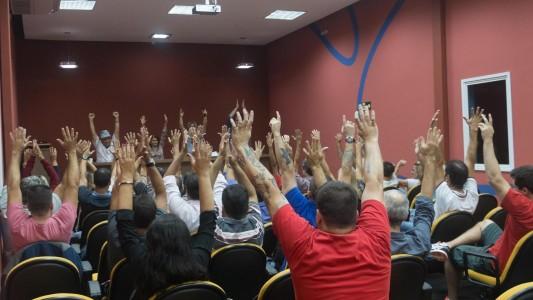 Bancários da Baixada Santista aprovam Greve Geral dia 28 de abril