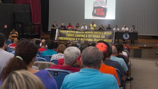 Assembleia unitária aprova Greve Geral na Baixada Santista