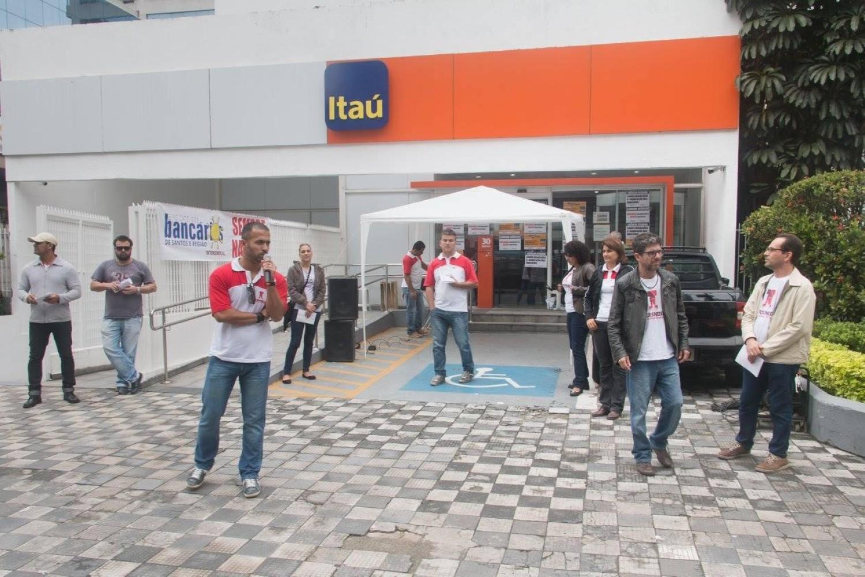 GT de Saúde e Condições de Trabalho do Itaú aponta avanços no pagamento da Cláusula 65º