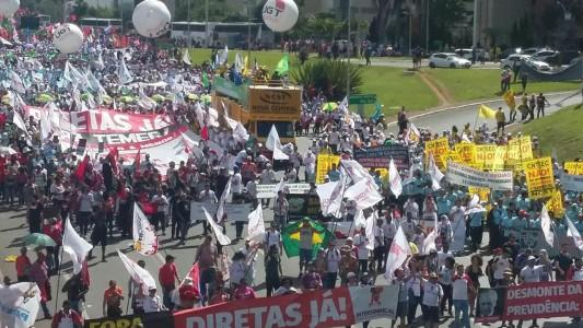 Mais de 200 mil tomaram Brasília por Fora Temer e Diretas Já