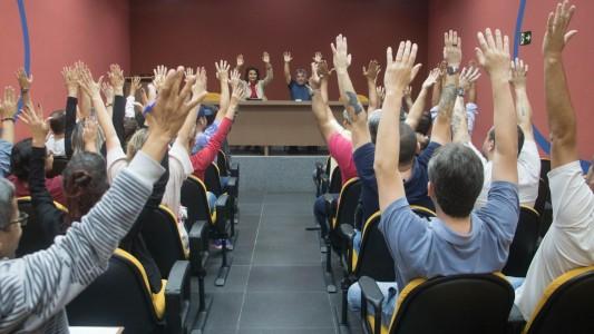 Bancários da Baixada Santista aprovam Greve Geral do dia 30/6