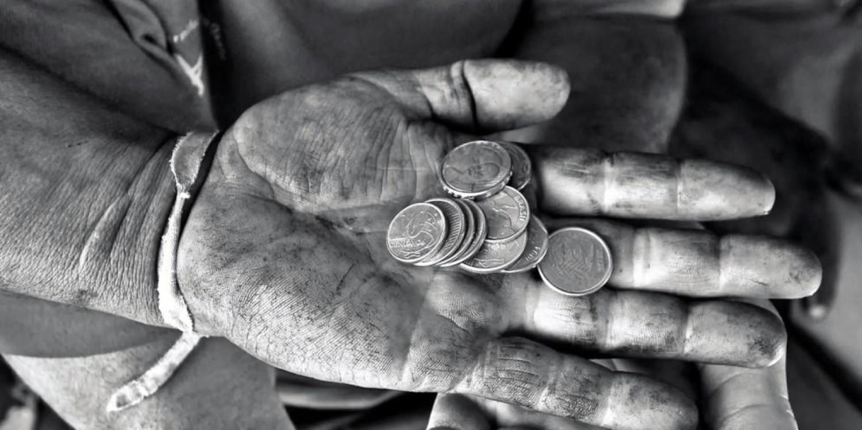 Folha admite e mostra que Desmonte da Previdência ferrará os mais pobres