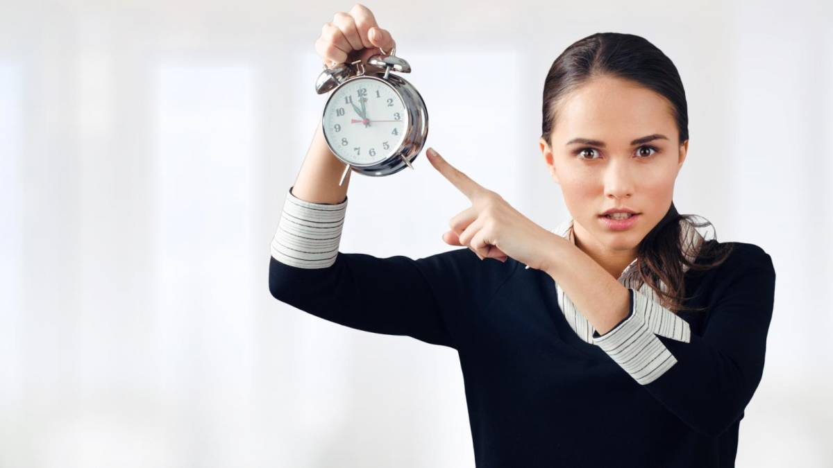 Itaú ameaça demitir bancários que cumprirem hora extra