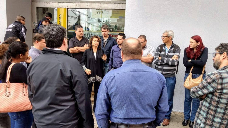 Sindicato paralisa agência do BB de Itanhaém/SP