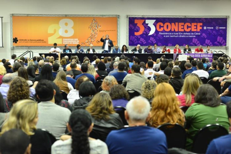 Frente Parlamentar Mista em Defesa dos Bancos Públicos é lançada em São Paulo