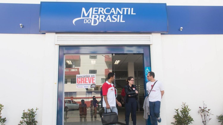 Movimento Sindical cobra fim das demissões no Mercantil do Brasil