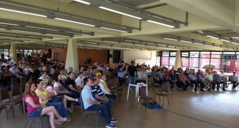 Assembleia da AB aprova venda de clubes