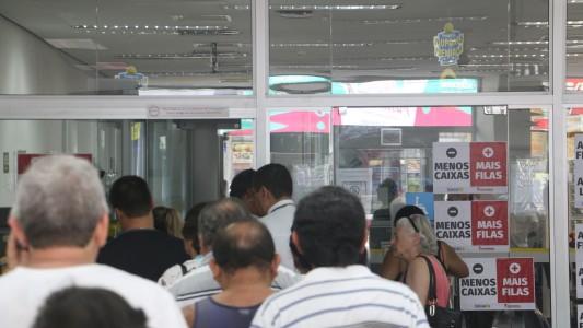 Bancários do BB não podem sofrer com fim do Banco Postal
