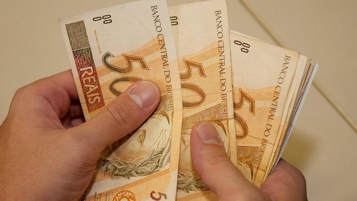 Bancários exigem antecipação do pagamento da PLR