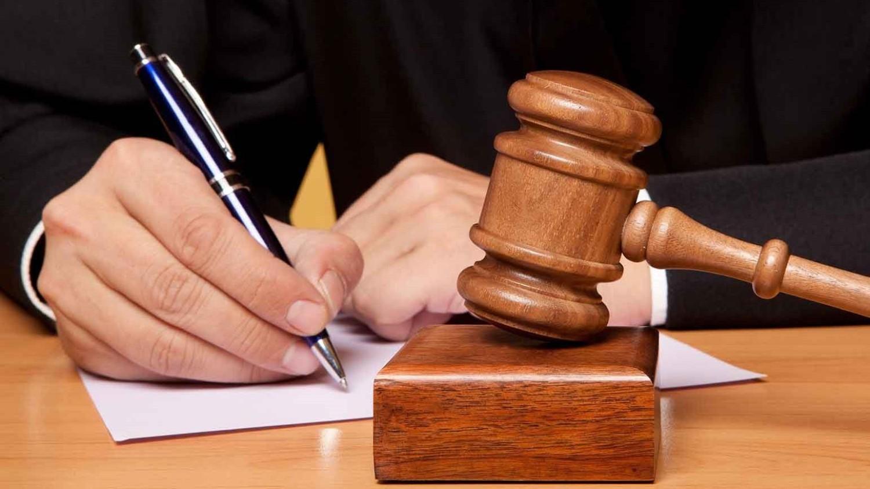 Itaú é condenado a pagar 7ª e 8ª horas e PLR proporcional
