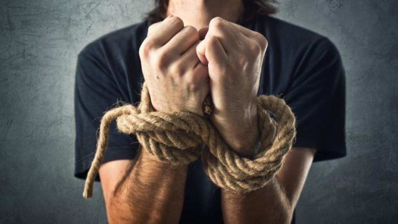 Justiça de PG manda reintegrar bancário adoecido pelo trabalho