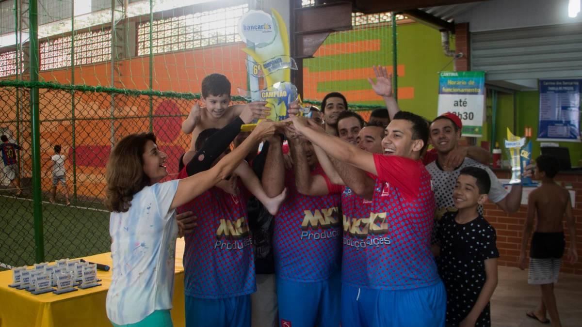 Time do Bradesco Centro Santos é campeão do 6º torneio Soçaite do Sindicato