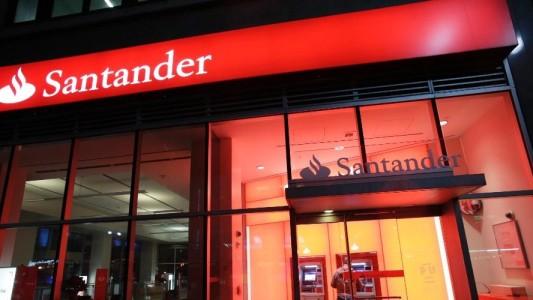 Santander lucra R$ 7,2 bilhões em 2017 e segue DEMITINDO