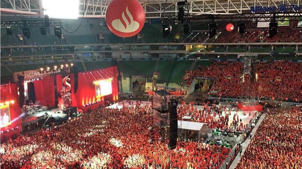 [Santander prepara demissões depois de megafesta e aumento do lucro!]