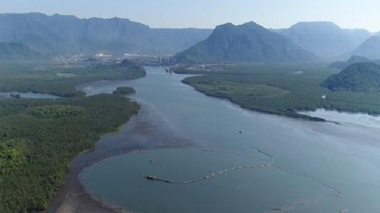 Lixão tóxico submerso em Cubatão traz riscos para Baixada Santista