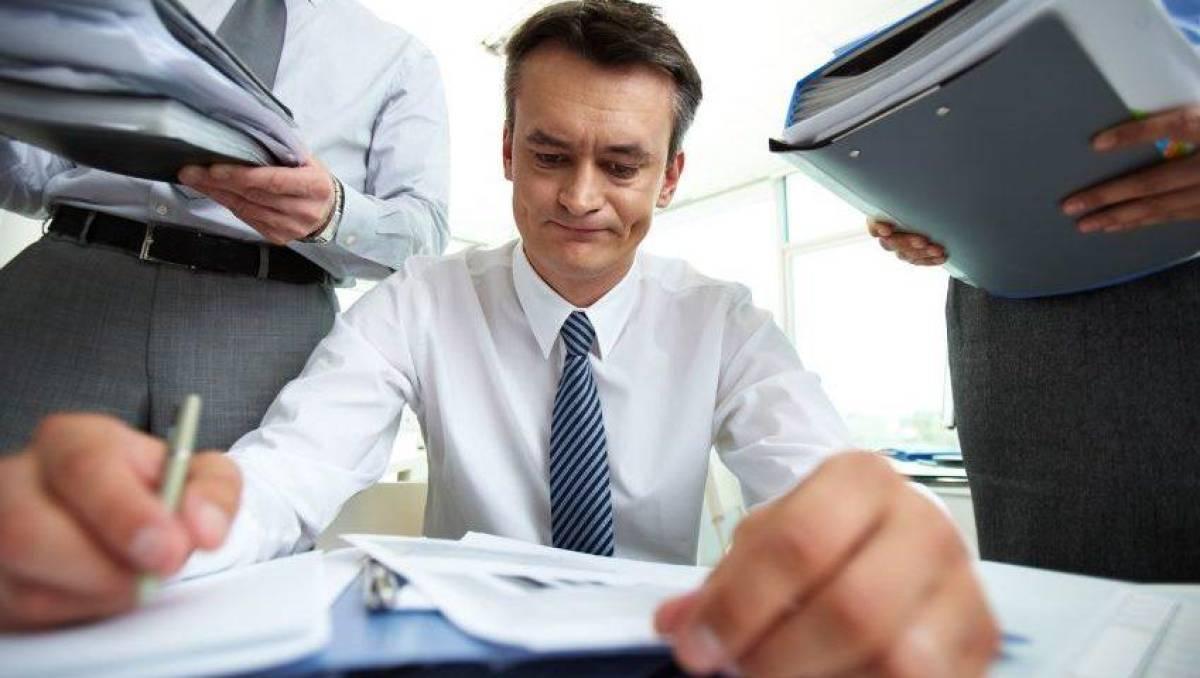 Pressão, sobrecarga e adoecimento com a falta de funcionários no Bradesco