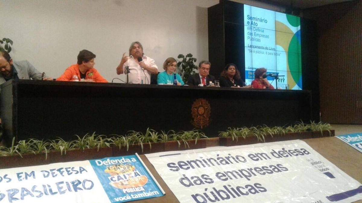 Intersindical participa do Ato e Seminário em Defesa das Empresas Públicas