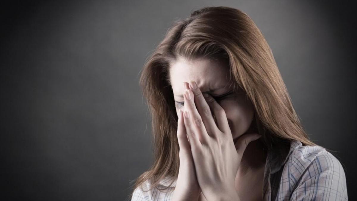 Pressão e assédio levam Bancária a transtornos mentais