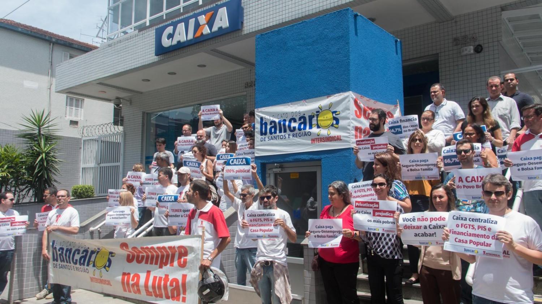 Caixa lucra R$ 6,7 bilhões no 1º semestre e quer eliminar direitos