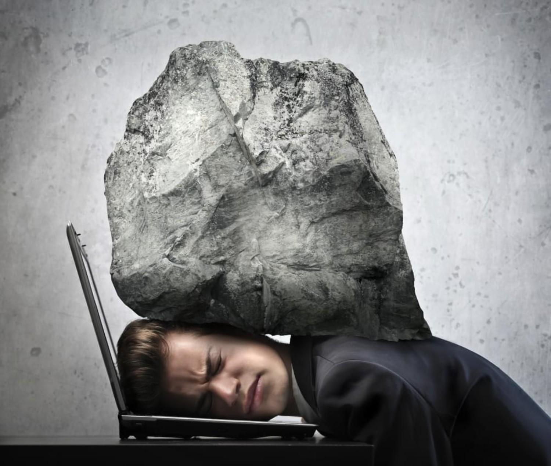 Depressão no trabalho: conheça os principais sintomas e saiba como tratar