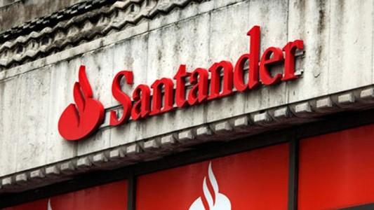 Santander é multado em 5,3 milhões de reais por infrações trabalhistas
