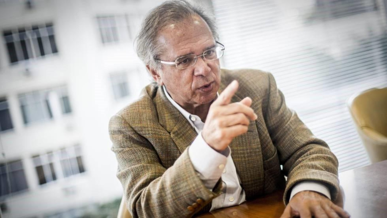 Ameaça: Paulo Guedes defende privatização de