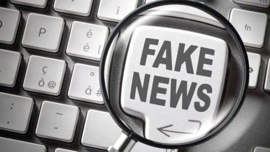 É crime compartilhar uma FAKE NEWS?