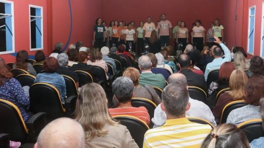 Grupo Vozes se apresenta em lançamento de livro nesta sexta, 19