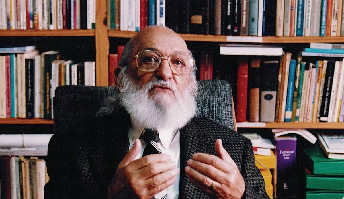 Paulo Freire deve ser 'expurgado' da educação brasileira?