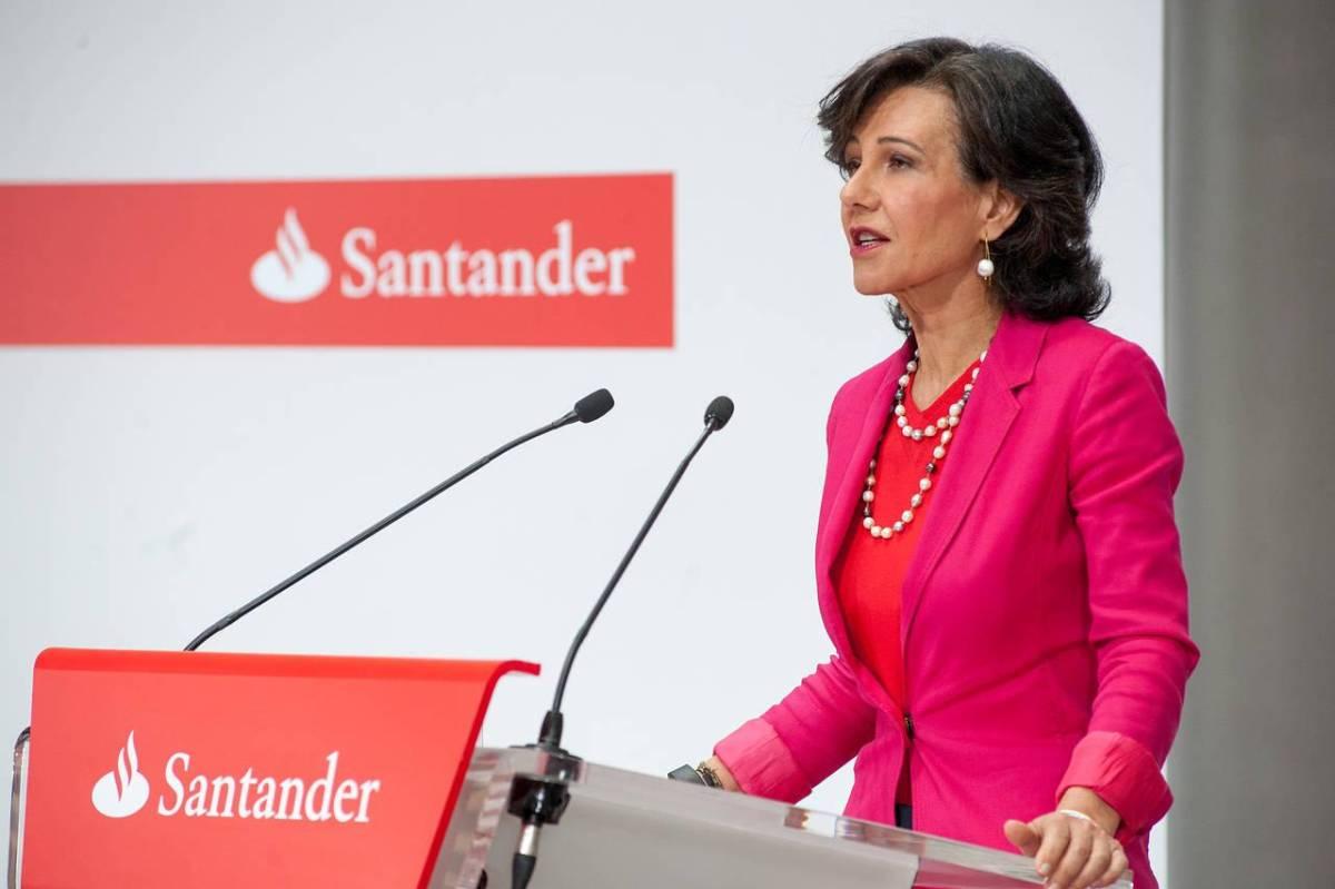 Bancários distribuem carta aberta a Ana Botín
