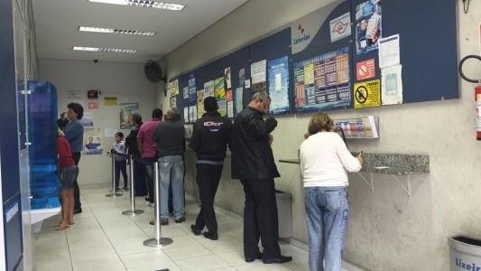 Com leilão marcado para dia 29, governo insiste em privatizar a Lotex