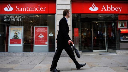 Santander multado por reter dinheiro de falecidos