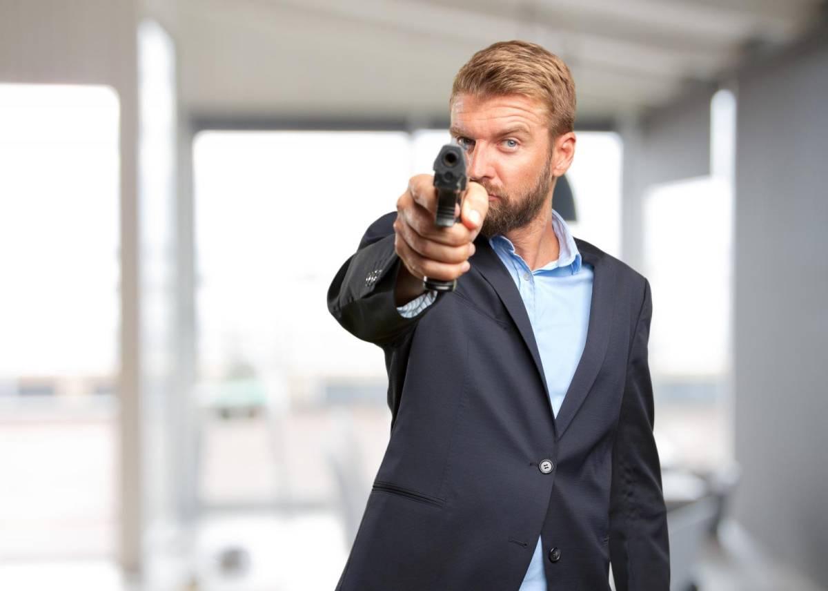 61% dos brasileiros desejam que posse de armas seja proibida