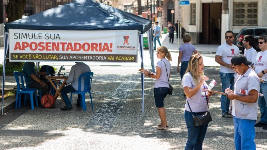 Centrais lançam a Cartilha Contra o Fim da Aposentadoria