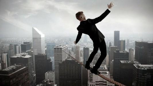 Angústia, depressão, síndrome do pânico: o medo do desemprego lota os consultórios de psicologia