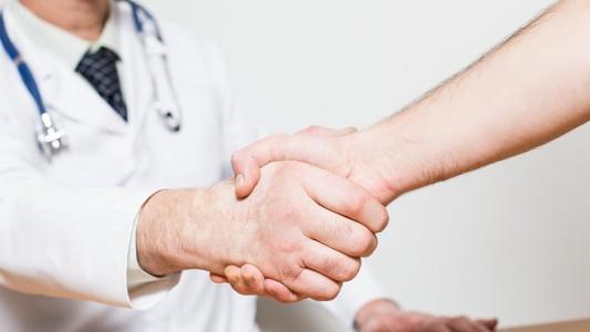 Caixa divulga regras de assistência à saúde após cobrança
