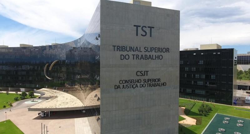 Justiça suspende processos sobre acordos que reduzem direitos trabalhistas