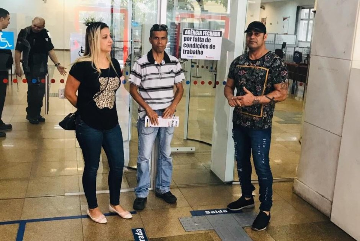 Sindicato paralisa agência do Bradesco em Santos nesta segunda, 14