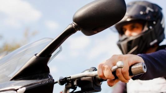 Casal que sofreu 'golpe do motoboy' será indenizado por danos morais