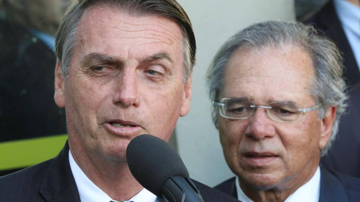 Bolsonaro recria Proer e manda projeto ao Congresso de socorro a bancos com dinheiro público